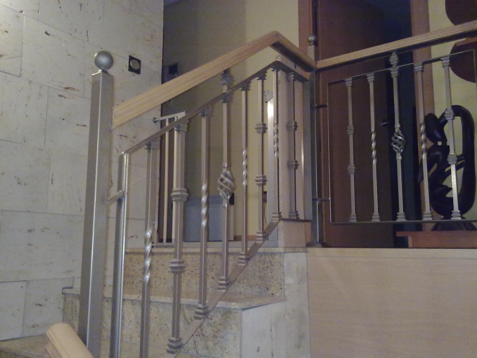 Norbel carpinteria met lica y acero inoxidable escalera - Escaleras antiguas de madera ...