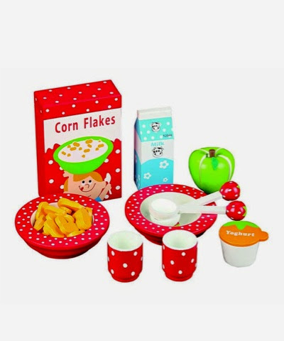 MaMaMeMo Wooden Strawberry Breakfast Set on offer at £19.99