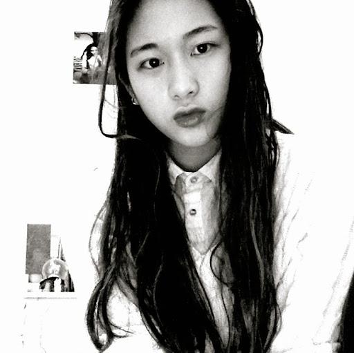 Monica Yang Photo 12