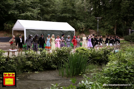 Roodkapje Openluchttheater Overloon 31-07-2013 (75).JPG