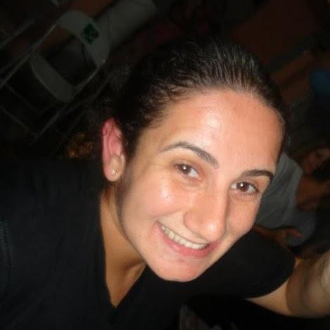 Daniela Simoes Photo 12