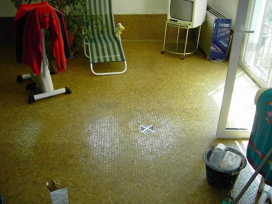 duschwanne bodenelement begehbare dusche kork mosaik fliesen cork mosaic. Black Bedroom Furniture Sets. Home Design Ideas