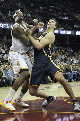 wearing brons nba soldier6 tyler hansbrough 01 Wearing Brons: Cavs and Bledsoes new Soldier 6 PEs and More!