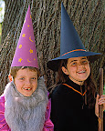 All you need for these wizard and witch hats is colored paper, ribbon and embellishments.
