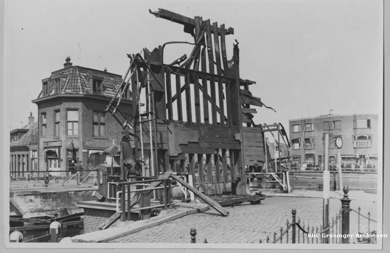 Kapotgeschoten Eelderbrug in april 1945