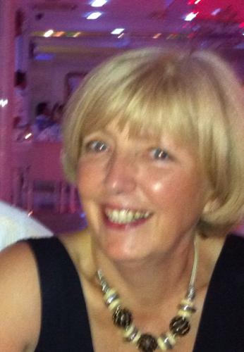 Jane Yates Photo 31