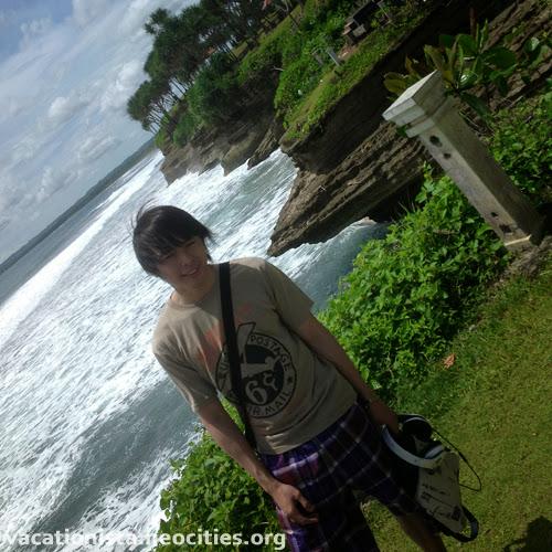 Steve pose at Batu Hiu three