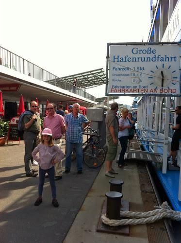 Attention au départ Hambourg