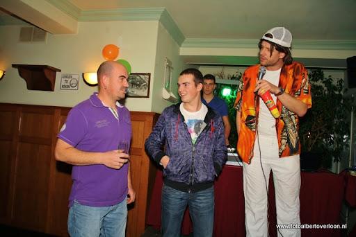 sinterklaas en feestavond msv overloon 02-12-2011 (104).JPG