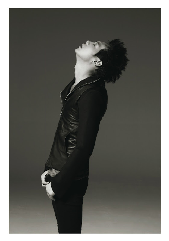 park%252520yoochun%252520high%252520cut%252520%25252810%252529 HIGH CUT Magazine: Korea – PARK YOOCHUN (믹키유천, ユチョン) [Fashion ID]