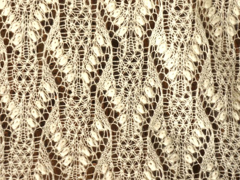 Karukellakiri - Pasqueflower pattern