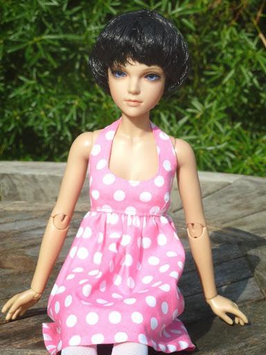 Alice (Leona JID Iplehouse) en cure de remise en forme (p 2) Essai%2520perruques02