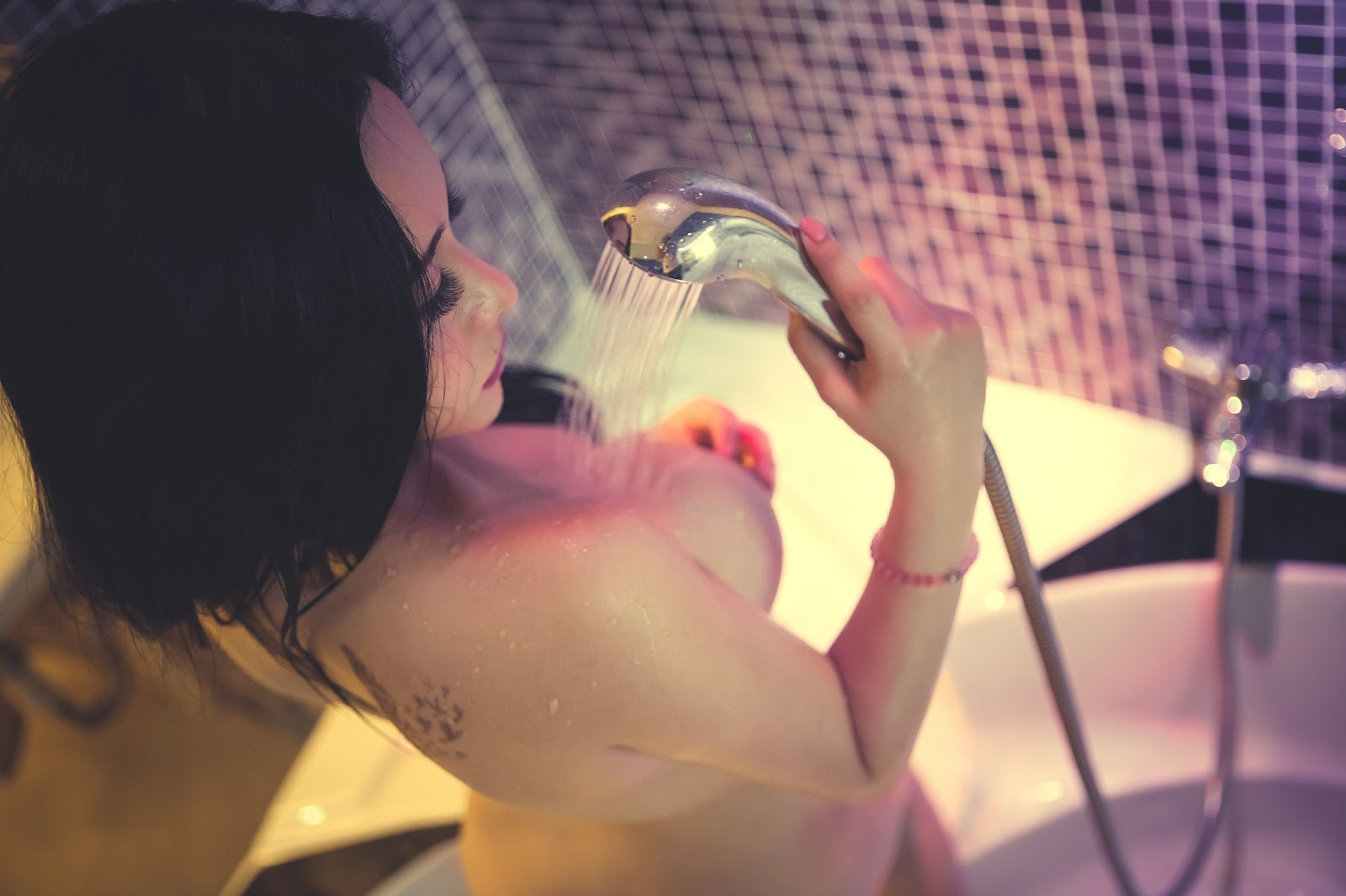 anh-nude-hot-girl-16.jpg