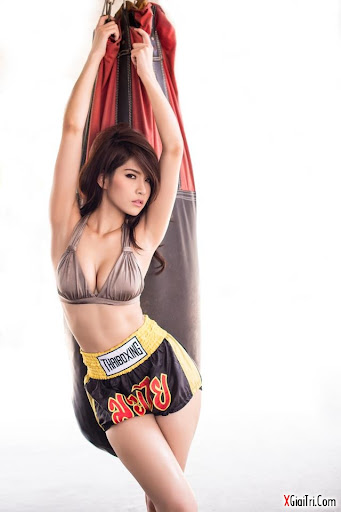Girl 9x tập boxing sexy