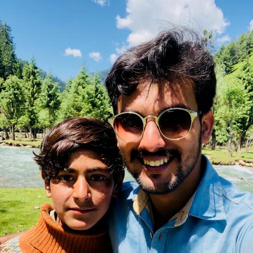 Mubbashir Hussain review