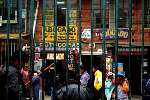 Invasión de abogados en la ciudad de El Alto