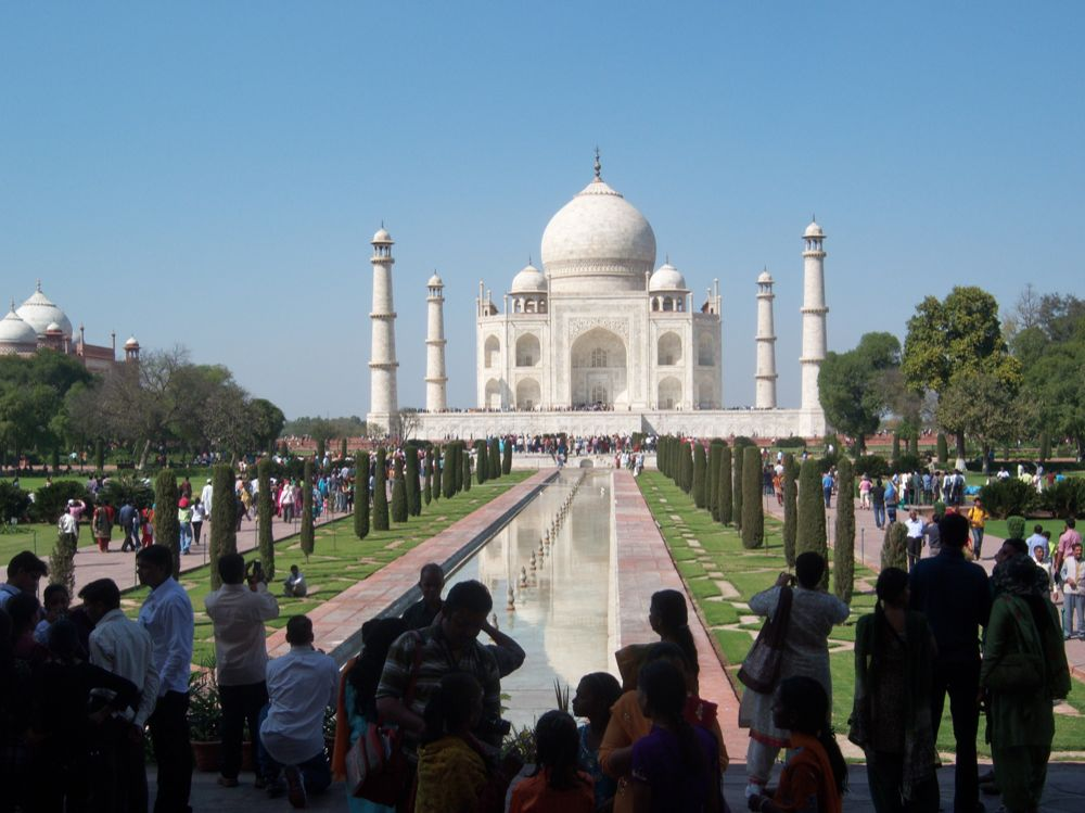 Misanthrope: Sikandra and Agra: Akbar's tomb and the Taj Mahal