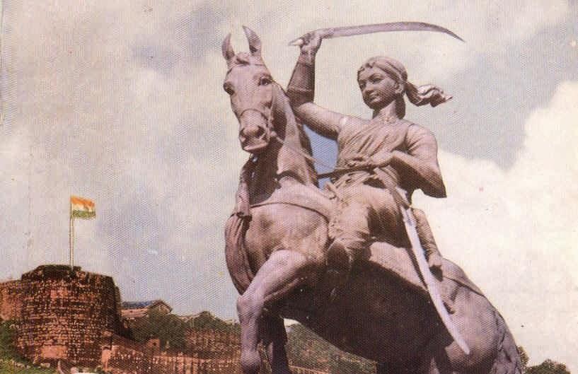 صور ملكة جانسي المعروفة لاكشمى باى صورتها الحقيقية وصور مسلسل جانسي