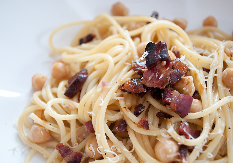 Linguine With Garlic Oil And Pancetta Recipe — Dishmaps
