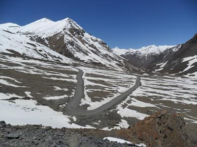 Road from ZingZingBar To Baralachala