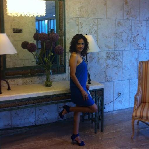Martha Caballero Photo 18