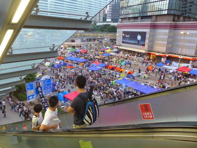 L1030206 The Umbrella Revolution в Гонконге - профилактический ремонт