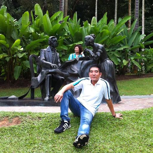 Ha Nguyen Photo 22