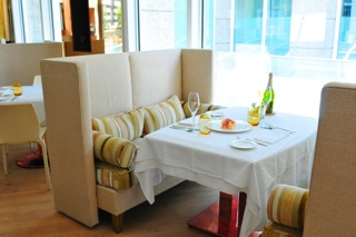 restaurant4-2013-04-9-21-16.jpg