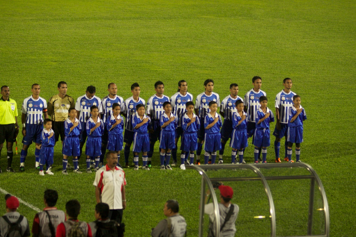 Blog Penyokong The Red Warriors: Gambar Aksi Piala FA'11 Kelantan vs ...