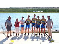 28/05/2012 - Régate de Gravelines - 4 barré cadets Norman Therribout, Loïc Philippe, Maxime Djian, Aubin Woehrel et Estelle Finot (bar) vainqueurs