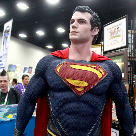 Superman statue at the San Diego Comic Con