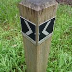 Sign post for Upper and River Trks (55835)