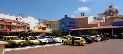 Colon Shopping Center