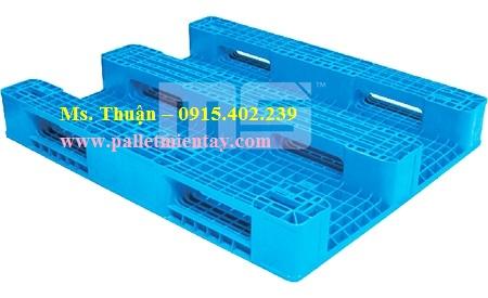 Pallet nhựa Malaysia nhập khẩu EN4-1210