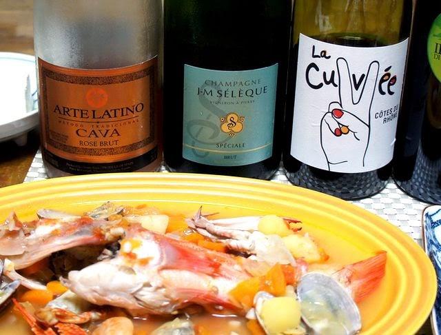 ROSEcava、シャンパン、赤ワインを合わせます