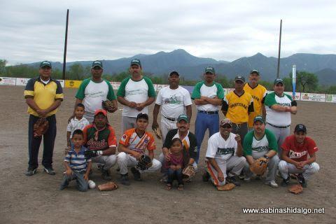 Equipo Perrones del softbol del Club Sertoma