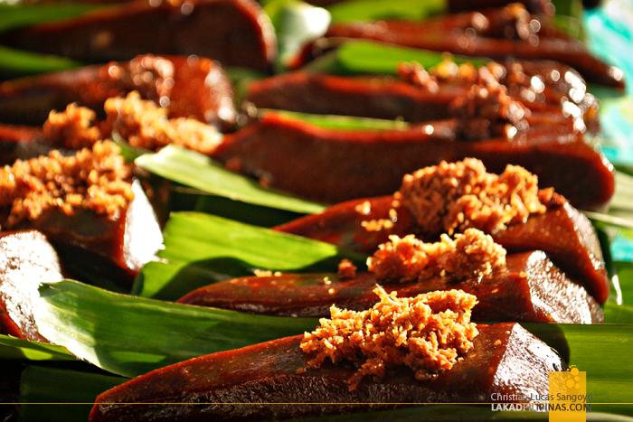 Kakanins at Malabon Public Market