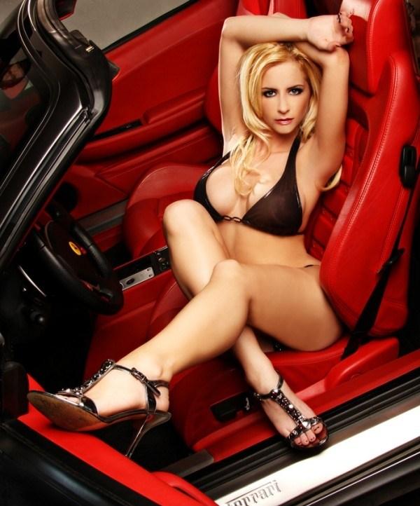 sexys mujeres con tatuajes de autos Atraccion360