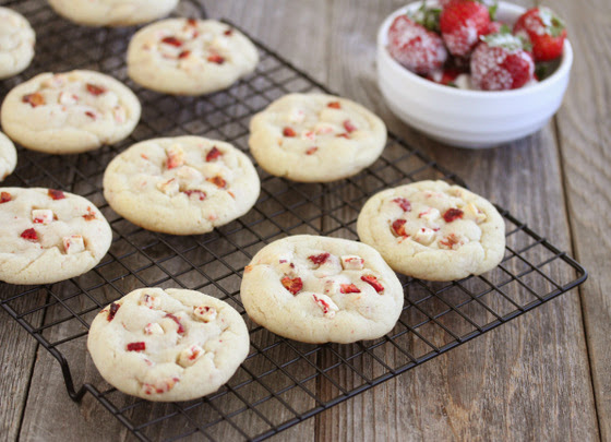 Strawberries and Cream Cookies on a baking rack