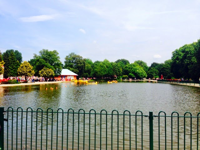 The lake at Markeaton Park, Derby