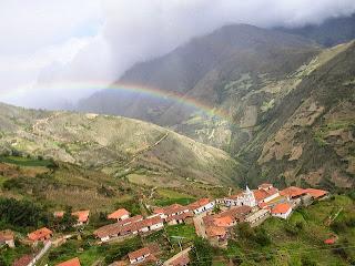 Spanje v hribovski vasici Los Nevados