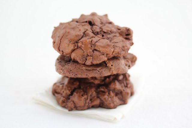 close-up photo of a stack of chocolate cookies