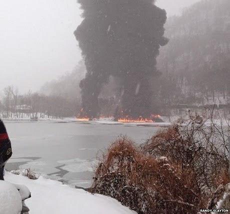 Vụ tai nạn xảy ra gần một dòng sông băng. (Ảnh: