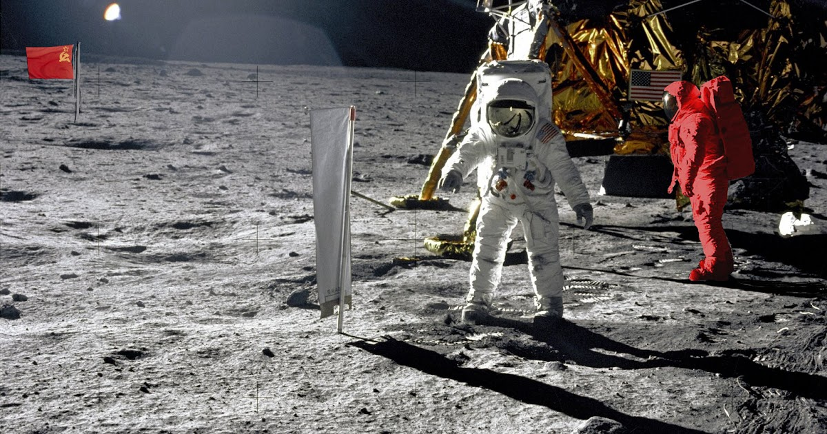 proofs show that the first moon landing done by nasa is fake And on sept 3, 2006, the european space agency's (esa) smart-1 probe purposefully crash-landed on the surface of the moon -- before it touched down, it was taking images and data from the moon's landscape, including that of previous moon landings.