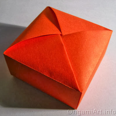 коробочка Robin Glynn