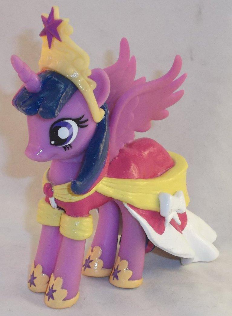 source princess twilight sparkle coronation dress 3Princess Twilight Sparkle Coronation