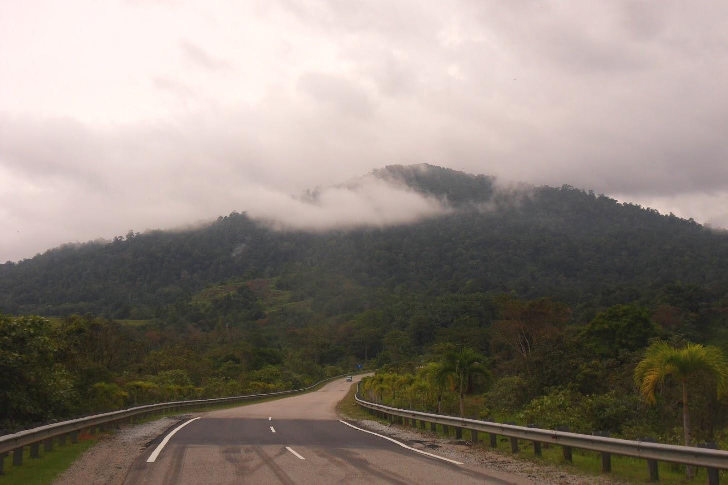 Автостопом вдоль озера Кеньир