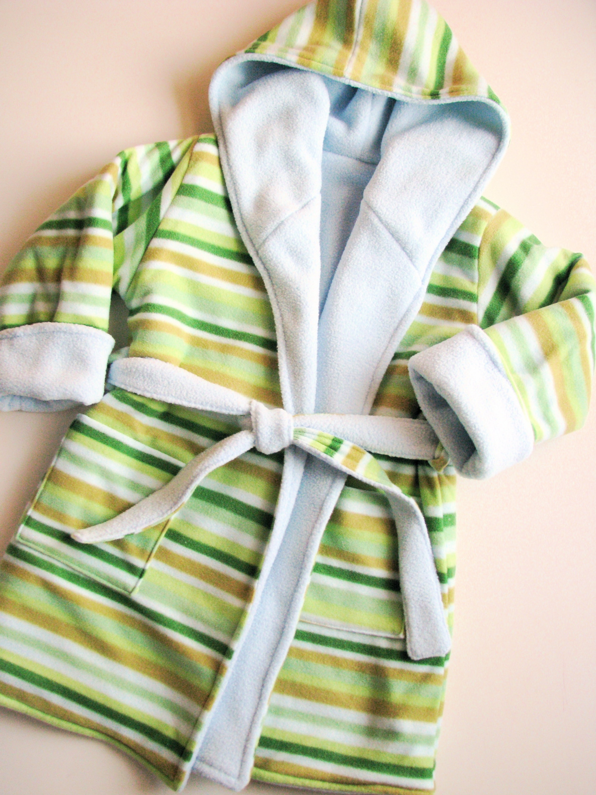 Kwiksew Fleece Bathrobe Made By Rae