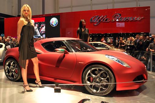 Alfa_Romeo-4C_Concept_2011_01_1280x853