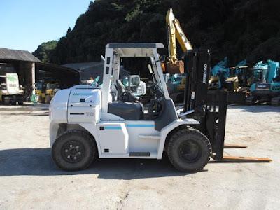 Xe nâng hàng 7 tấn Nhật Bản